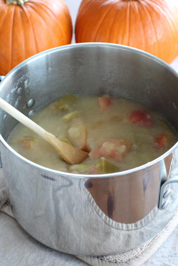 Pot of cooked apples