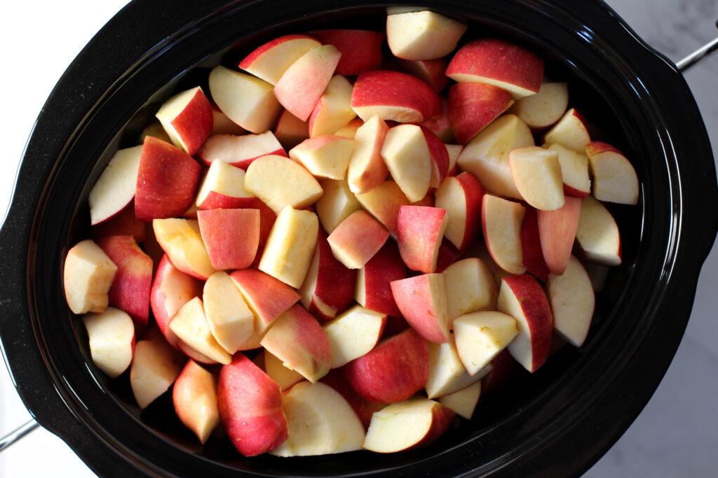 cut apples in crockpot